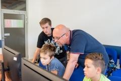 Warsztaty-dla-dzieci-z-web-designu–InfoTech-i-Wydział-Informatyki-PB-14